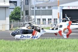 ヘリオスさんが、東京ヘリポートで撮影した中日本航空 EC135P1の航空フォト(飛行機 写真・画像)