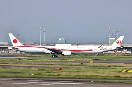 juntamiさんが、羽田空港で撮影した航空自衛隊 777-3SB/ERの航空フォト(飛行機 写真・画像)