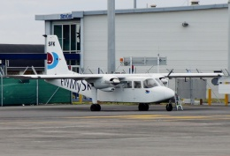 TA27さんが、オークランド空港で撮影したFlyMySky BN-2A Islanderの航空フォト(飛行機 写真・画像)