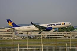 tsubameさんが、福岡空港で撮影したスカイマーク A330-343Xの航空フォト(飛行機 写真・画像)