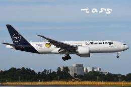 tassさんが、成田国際空港で撮影したルフトハンザ・カーゴ 777-Fの航空フォト(飛行機 写真・画像)