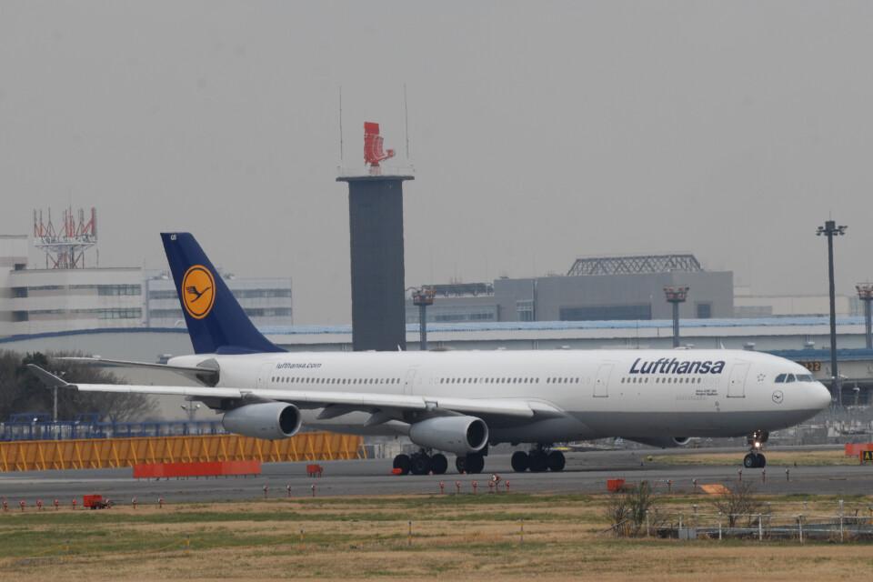 banshee02さんのルフトハンザドイツ航空 Airbus A340-300 (D-AIGS) 航空フォト