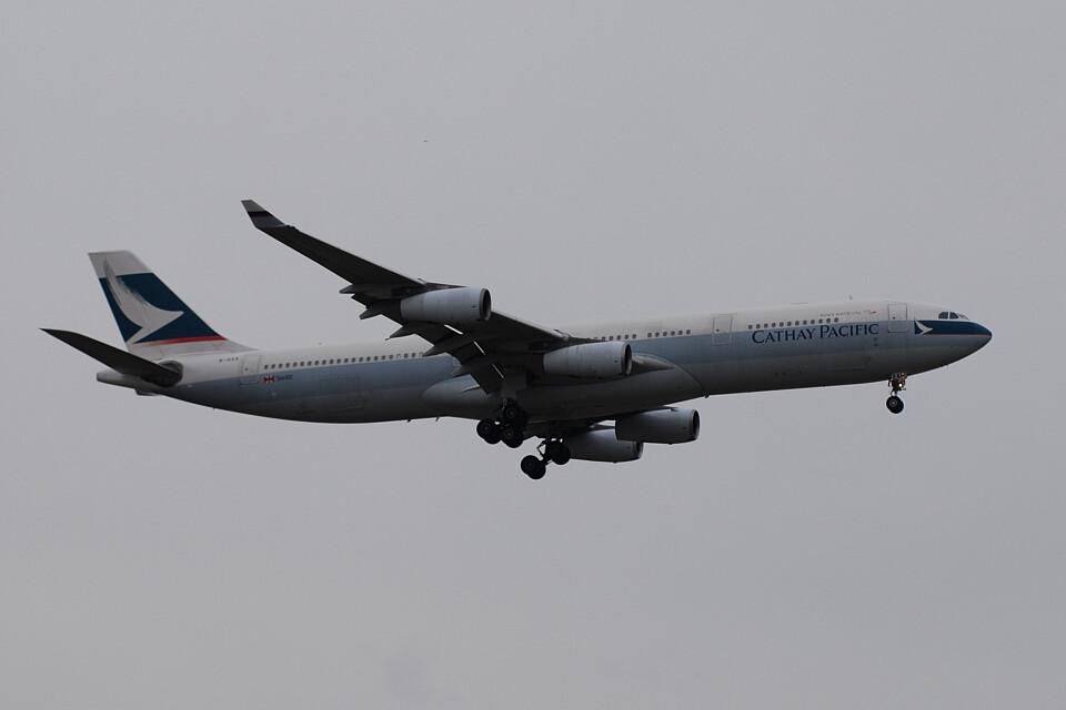 banshee02さんのキャセイパシフィック航空 Airbus A340-300 (B-HXA) 航空フォト