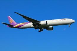 Tomo_mczさんが、成田国際空港で撮影したタイ国際航空 777-3D7/ERの航空フォト(飛行機 写真・画像)