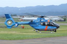 よっしぃさんが、福井空港で撮影した福井県警察 EC135T2+の航空フォト(飛行機 写真・画像)