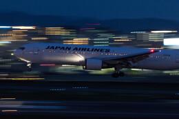 Koenig117さんが、福岡空港で撮影した日本航空 767-346/ERの航空フォト(飛行機 写真・画像)