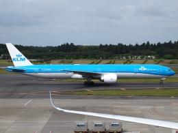 FT51ANさんが、成田国際空港で撮影したKLMオランダ航空 777-306/ERの航空フォト(飛行機 写真・画像)