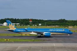 チョロ太さんが、成田国際空港で撮影したベトナム航空 A350-941の航空フォト(飛行機 写真・画像)