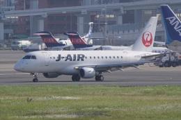 HEATHROWさんが、伊丹空港で撮影したジェイエア ERJ-170-100 (ERJ-170STD)の航空フォト(飛行機 写真・画像)