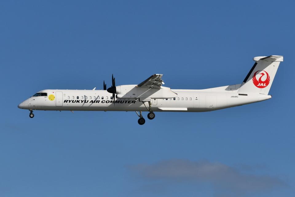 Deepさんの琉球エアーコミューター Bombardier DHC-8-400 (JA84RC) 航空フォト