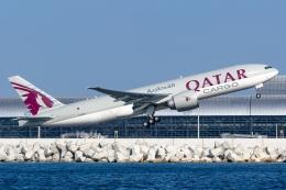 Ariesさんが、関西国際空港で撮影したカタール航空カーゴ 777-Fの航空フォト(飛行機 写真・画像)