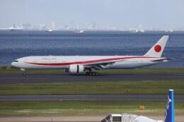 OS52さんが、羽田空港で撮影した航空自衛隊 777-3SB/ERの航空フォト(飛行機 写真・画像)