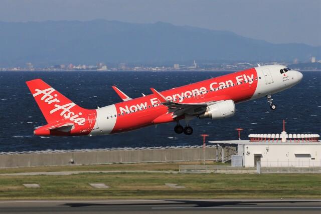 フッ軽の極美さんが、中部国際空港で撮影したエアアジア・ジャパン A320-216の航空フォト(飛行機 写真・画像)