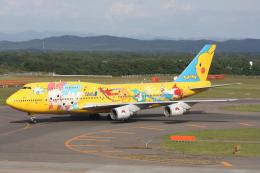 プルシアンブルーさんが、新千歳空港で撮影した全日空 747-481(D)の航空フォト(飛行機 写真・画像)