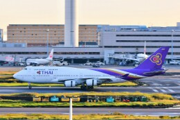 Hiro Satoさんが、羽田空港で撮影したタイ国際航空 747-4D7の航空フォト(飛行機 写真・画像)
