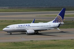 フッ軽の極美さんが、中部国際空港で撮影したユナイテッド航空 737-724の航空フォト(飛行機 写真・画像)