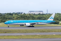 Y-Kenzoさんが、成田国際空港で撮影したKLMオランダ航空 777-306/ERの航空フォト(飛行機 写真・画像)