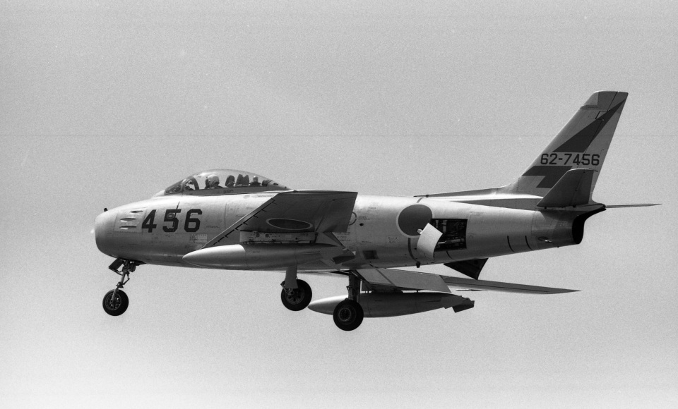 Y.Todaさんの航空自衛隊 North American F-86 Sabre (62-7456) 航空フォト
