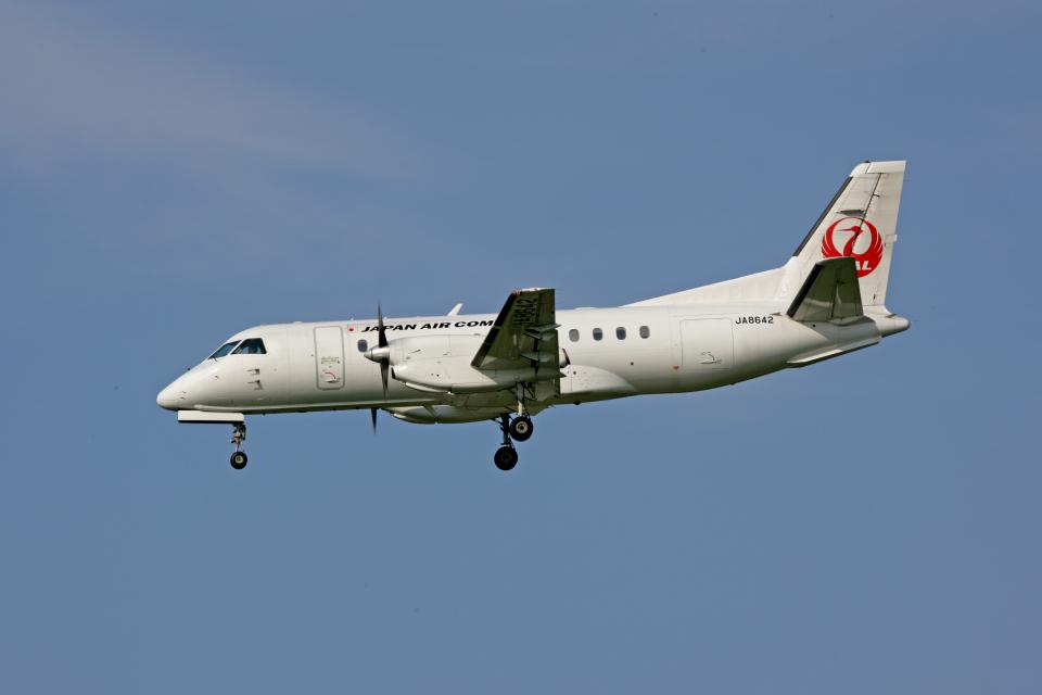 tsubameさんの日本エアコミューター Saab 340 (JA8642) 航空フォト