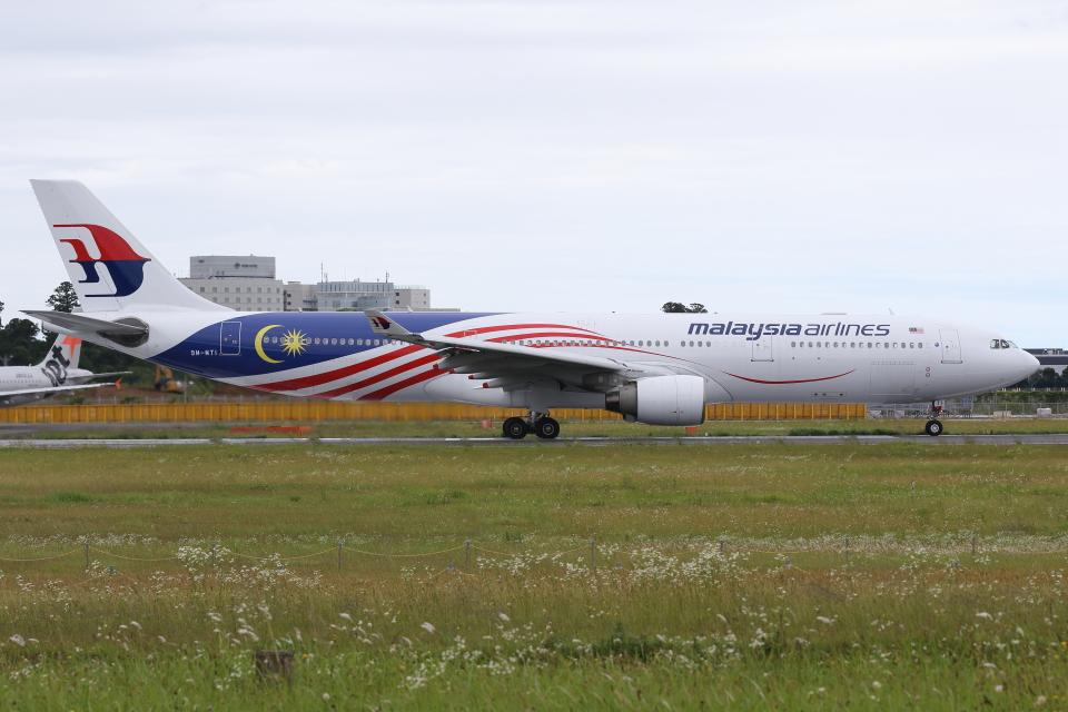 kinsanさんのマレーシア航空 Airbus A330-300 (9M-MTI) 航空フォト