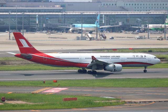 ▲®さんが、羽田空港で撮影した中国国際航空 A319-115の航空フォト(飛行機 写真・画像)