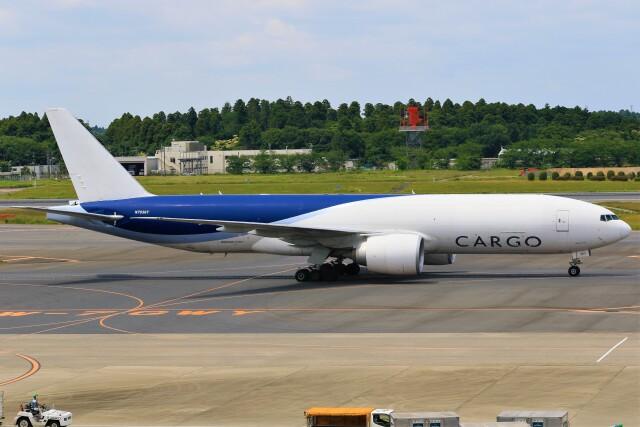 航空フォト:N703GT サザン・エア 777-200