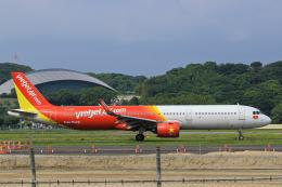 臨時特急7032Mさんが、福岡空港で撮影したベトジェットエア A321-271Nの航空フォト(飛行機 写真・画像)