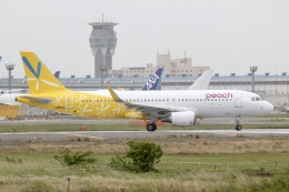 NIKEさんが、成田国際空港で撮影したピーチ A320-214の航空フォト(飛行機 写真・画像)