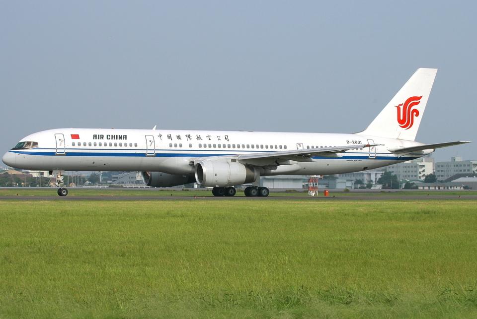 jun☆さんの中国国際航空 Boeing 757-200 (B-2821) 航空フォト