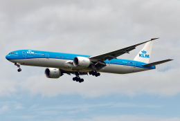 Cozy Gotoさんが、成田国際空港で撮影したKLMオランダ航空 777-306/ERの航空フォト(飛行機 写真・画像)