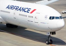 NINEJETSさんが、成田国際空港で撮影したエールフランス航空 777-328/ERの航空フォト(飛行機 写真・画像)