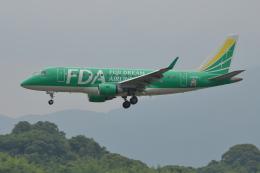 Deepさんが、福岡空港で撮影したフジドリームエアラインズ ERJ-170-100 SU (ERJ-170SU)の航空フォト(飛行機 写真・画像)