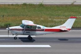 よっしぃさんが、高松空港で撮影したエス・ジー・シー佐賀航空 TU206G Turbo Stationair 6 IIの航空フォト(飛行機 写真・画像)