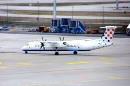 まいけるさんが、ミュンヘン・フランツヨーゼフシュトラウス空港で撮影したクロアチア航空 DHC-8-402Q Dash 8の航空フォト(飛行機 写真・画像)