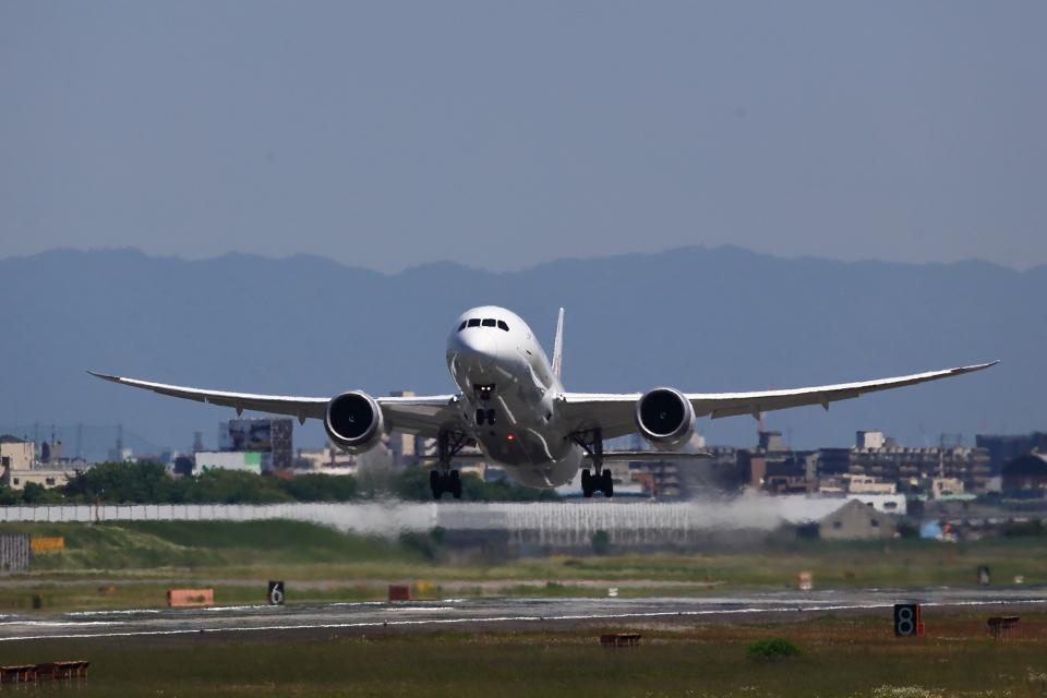 T.Sazenさんの日本航空 Boeing 787-8 Dreamliner (JA848J) 航空フォト