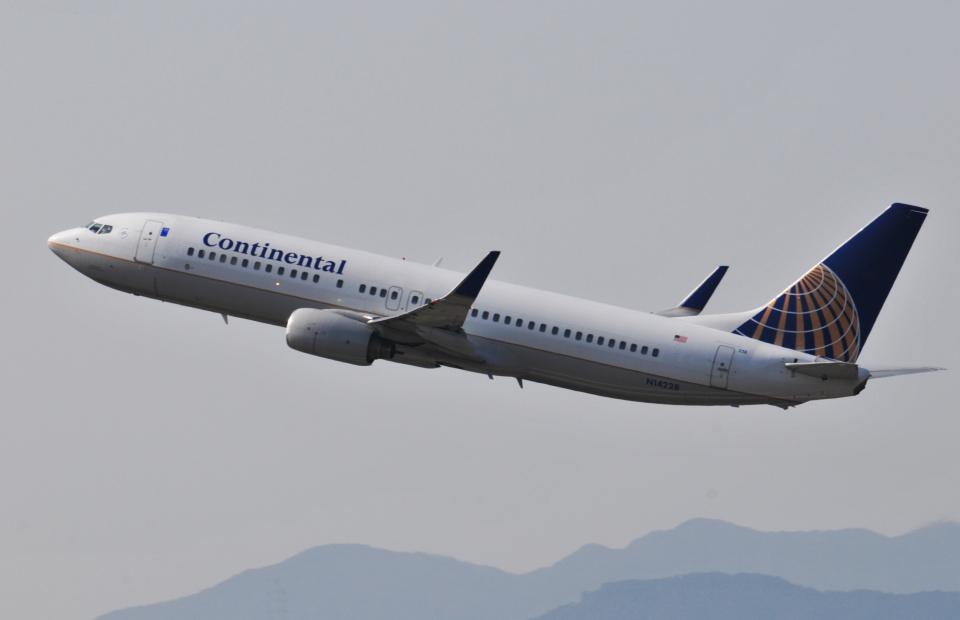 チャーリーマイクさんのコンチネンタル航空 Boeing 737-800 (N14228) 航空フォト