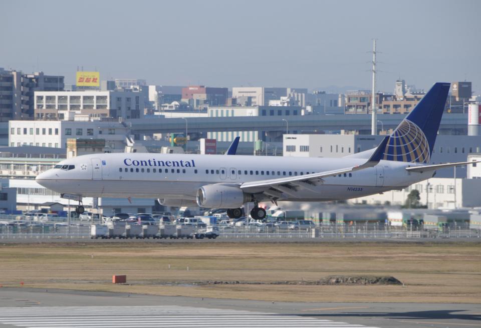 チャーリーマイクさんのコンチネンタル航空 Boeing 737-800 (N14235) 航空フォト
