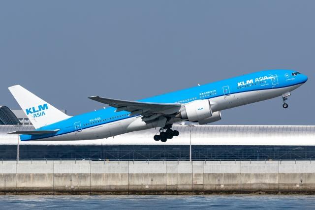 Ariesさんが、関西国際空港で撮影したKLMオランダ航空 777-206/ERの航空フォト(飛行機 写真・画像)