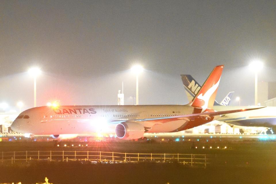 木人さんのカンタス航空 Boeing 787-9 (VH-ZNA) 航空フォト