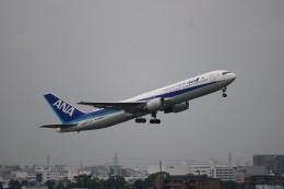 なかすぃ~さんが、伊丹空港で撮影した全日空 767-381/ERの航空フォト(飛行機 写真・画像)