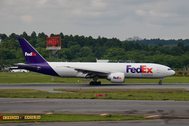 やまモンさんが、成田国際空港で撮影したフェデックス・エクスプレス 777-F28の航空フォト(飛行機 写真・画像)