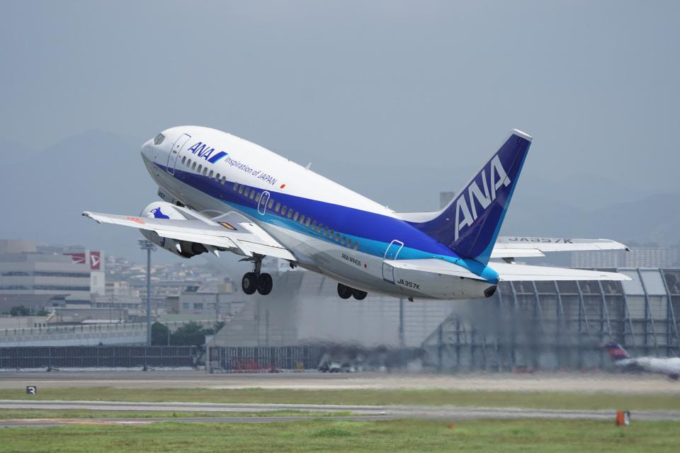 神宮寺ももさんのANAウイングス Boeing 737-500 (JA357K) 航空フォト