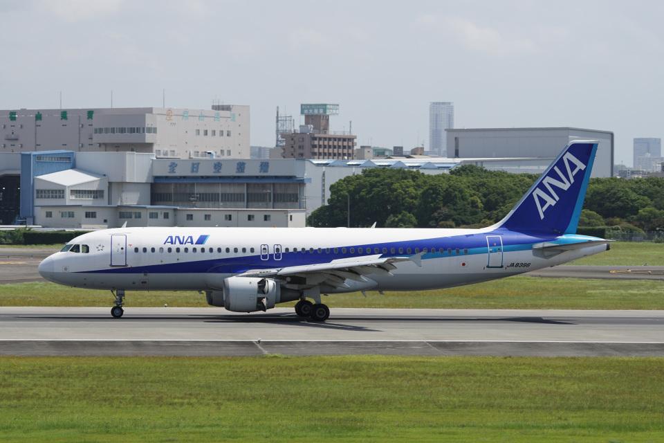 神宮寺ももさんの全日空 Airbus A320 (JA8396) 航空フォト