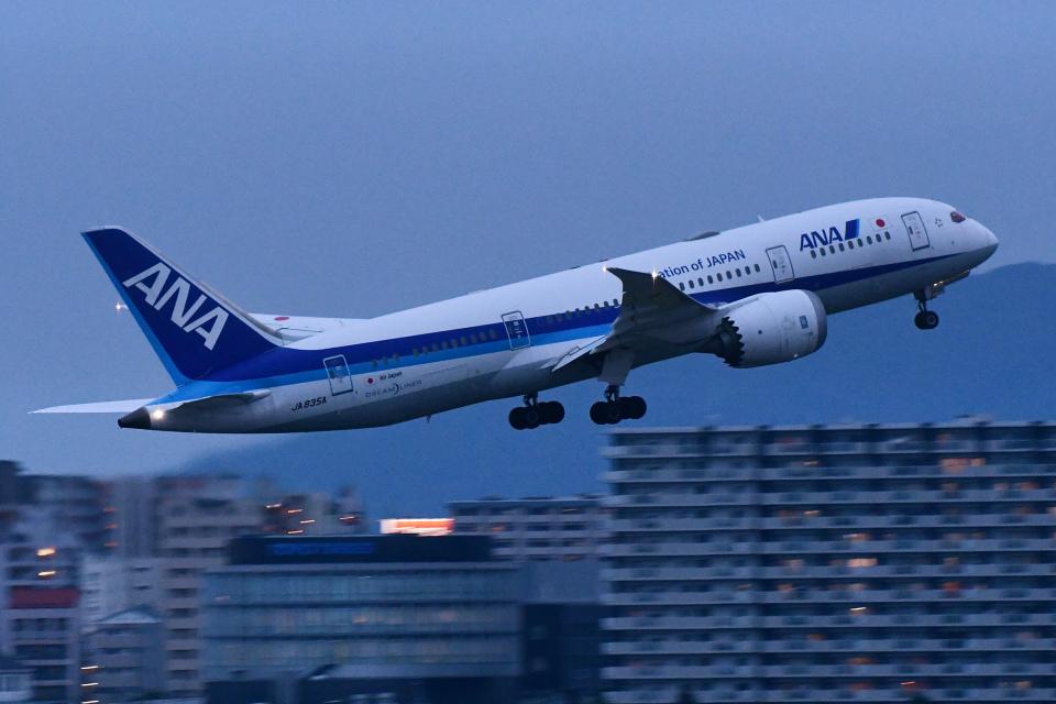 TOPAZ102さんの全日空 Boeing 787-8 Dreamliner (JA835A) 航空フォト