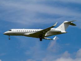 Mame @ TYOさんが、成田国際空港で撮影したウィルミントン・トラスト・カンパニー BD-700-1A10 Global Expressの航空フォト(飛行機 写真・画像)