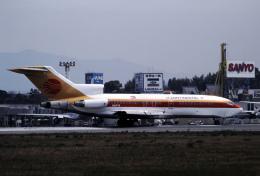 チャーリーマイクさんが、福岡空港で撮影したエア・ミクロネシア 727-30の航空フォト(飛行機 写真・画像)