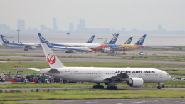 誘喜さんが、羽田空港で撮影した日本航空 777-246/ERの航空フォト(飛行機 写真・画像)