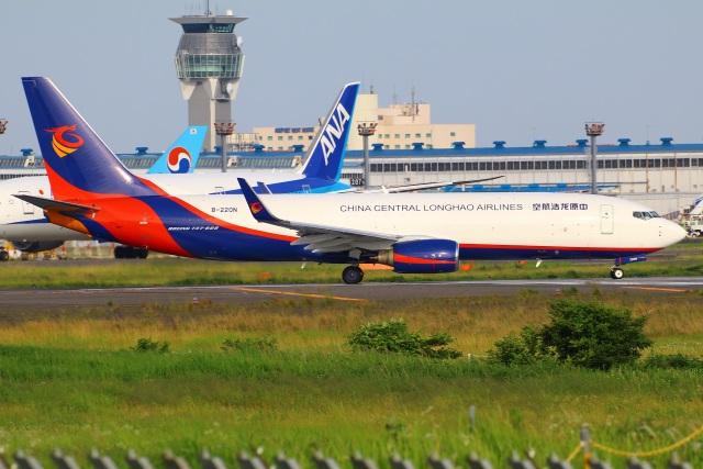 航空フォト:B-220N 広東龍浩航空 737-800