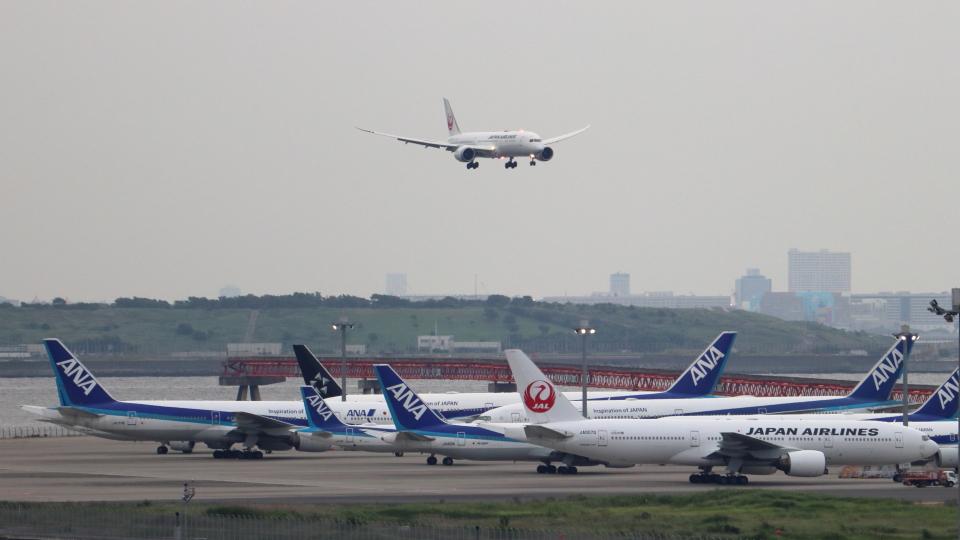 誘喜さんの日本航空 Boeing 777-200 (JA007D) 航空フォト