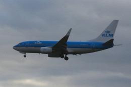 yabyanさんが、アムステルダム・スキポール国際空港で撮影したKLMオランダ航空 737-7K2の航空フォト(飛行機 写真・画像)